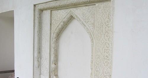 طاقچه داخلی مسجد اکل کمسار