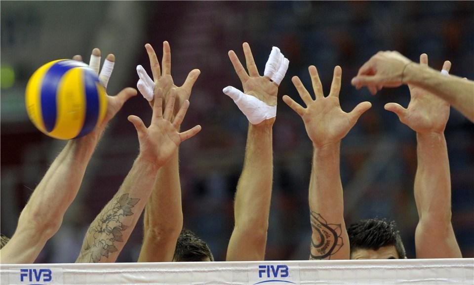 بلغارستان مقابل والیبال ایران زانو زد