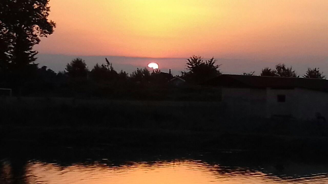 غروب زیبای خورشید در روستای آقاسید یعقوب شفت