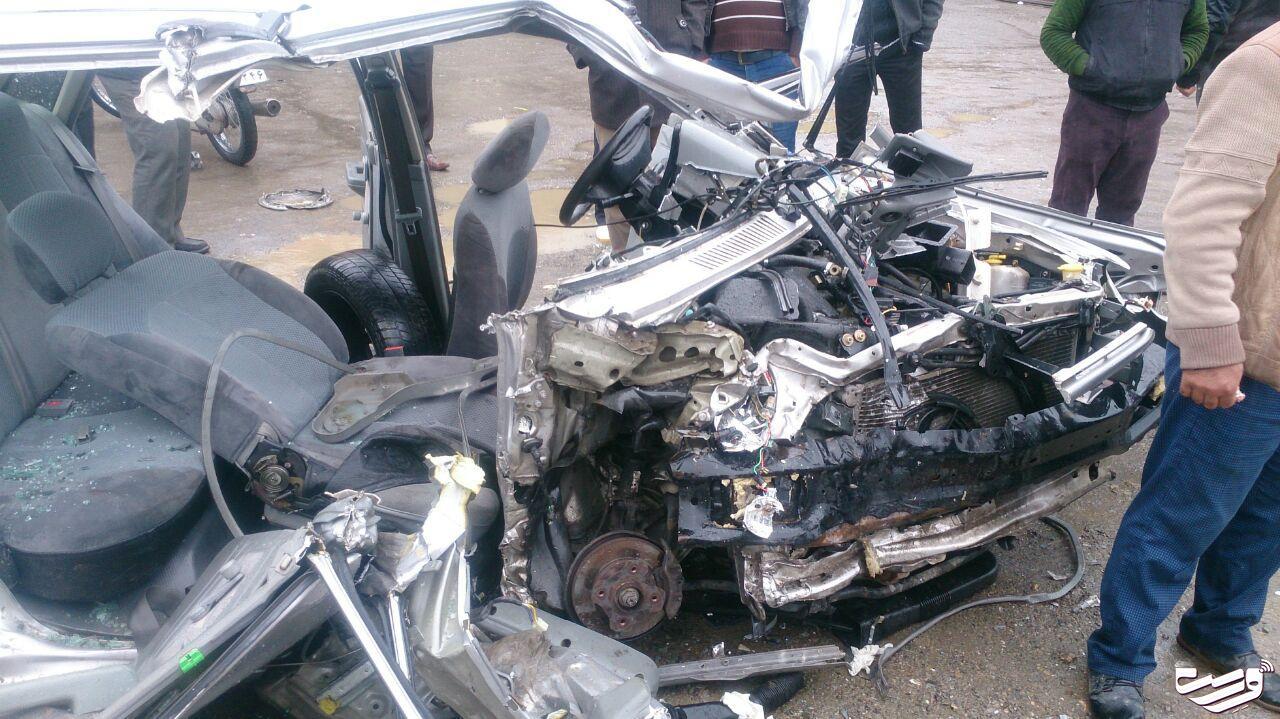 برخورد سهمگین دو خودروی سواری در احمدسرگوراب شفت