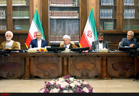 آخرین نشست مجمع به ریاست هاشمی