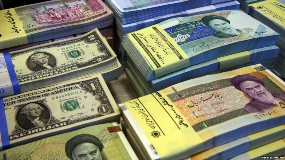 صعود نرخ دلار به قله ٢۵ هزار تومان