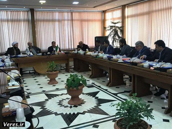 پیگیری پروژه های زیرساختی شهرستان های شفت و فومن در تهران