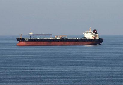 انفجار ۲ نفکتش در دریای عمان/ قیمت نفت افزایش یافت
