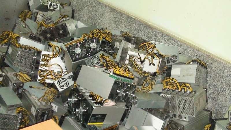 کشف ۱۲۶دستگاه ارز دیجیتال در شفت